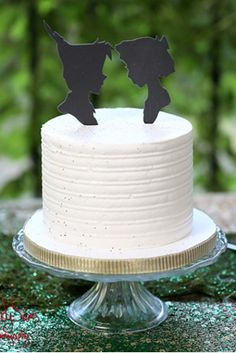 Some people found the way to bake a delicious cake.