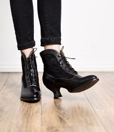 Victorian Shoes Vintage Style Victorian Lace Up Leather Boots in Black Rustic $235.00 AT vintagedancer.com