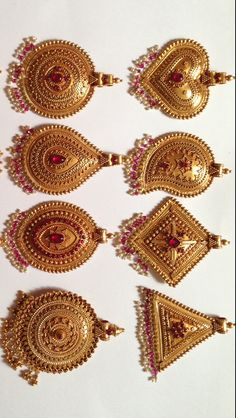 Gold Handmade Antique Pendant Temple Jewellery K T ARTS Kolhapur. Jewelry Design Earrings, Gold Jewellery Design, Gold Earrings Designs, Gold Jewelry, Gold Designs, Pendant Jewelry, Beaded Jewelry, Gold Necklace, India Jewelry