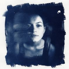 cyanotype. love the brushstrokes