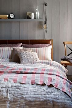 Cosy - Bedroom Ideas, Furniture & Designs (EasyLiving.co.uk)