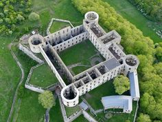 Borgholm Castle: is the ruins of the 17th century baroque palace Charles X Gustav had constructed