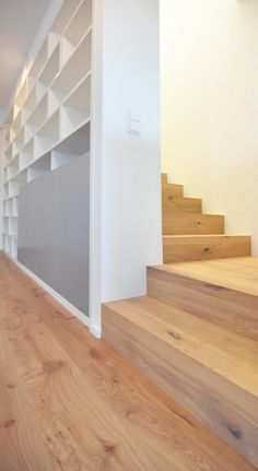 Architecture Guide Thuringia - Thuringia Chamber of Architects - home sweet home - Shelves Above Toilet, Wood Shelves, House Every Weekend, Halls, Wood Architecture, Wooden Stairs, Piece A Vivre, Attic Rooms, Staircase Design