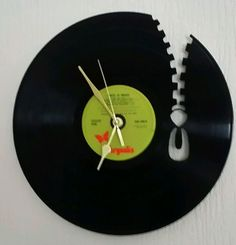 Vinyl Record Wall Clock Hand Made Vinyl Record Crafts, Vinyl Record Clock, Record Wall, Vinyl Crafts, Vinyl Art, Clock Art, Diy Clock, Clock Ideas, Cnc