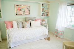 MadeByGirl: Michaela's Room Tour