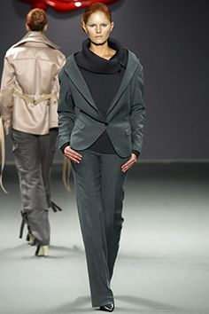 Viktor & Rolf   Fall 2003 Ready-to-Wear Collection   Style.com