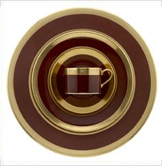 Avington Chocolate - William Yeoward - The rich chocolate colour of the Avington plates and cups is absolutely stunning! Gorgeous! For the smartest of table settings!!