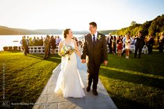 A Candlewood Inn wedding in Brookfield, CT. Image by Connecticut wedding photographer Kevin Kelley www.kphotok.com