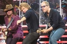 Richie, Jon and Hugh~ what a great pic!!! Love this!!!