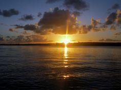 Lindo entardecer na Lagoa de Mundaú, Maceió, Alagoas, Brasil.