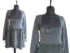 Floral Tunic Sweater Large L Heather Gray von RebeccasArtCloset