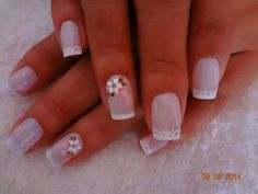White lace tips and flower on the ring finger Great Nails, Perfect Nails, Beautiful Nail Designs, Cute Nail Designs, Hot Nails, Hair And Nails, Nails Only, Nail Polish Art, Fancy Nails