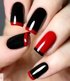 So cute red an black nails