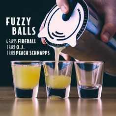 New party drinks bar alcohol shot recipes 17 Ideas Fireball Drinks, Non Alcoholic Drinks, Bar Drinks, Fireball Shot, Fireball Recipes, Shooter Recipes, Fireball Whiskey, Whiskey Shots, Bourbon Drinks
