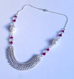 Cristal rojo y blanco collar de perlas collar con por NezDesigns