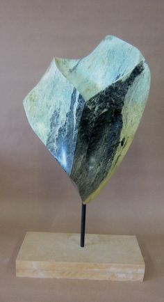Ton Abstract Sculpture, Sculpture Art, Soapstone Carving, Contemporary Sculpture, Stone Sculpture, Sculpting, Minerals, Vase, Project Ideas