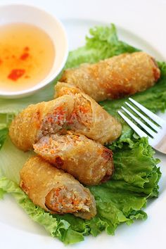 Vietnamese Spring Rolls (Cha Gio) Recipe (Cha Gio) Vietnamese Spring Rolls (Cha Gio) - BEST spring rolls ever deep-fried to crispy perfection. Loaded with crazy delicious filling, a perfect appetizer! Vietnamese Egg Rolls, Vietnamese Spring Rolls, Vietnamese Cuisine, Easy Vietnamese Recipes, Cha Gio Recipe, Asian Recipes, Healthy Recipes, Ethnic Recipes, Asian Foods