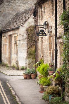Tea Room, Castle Comb, England
