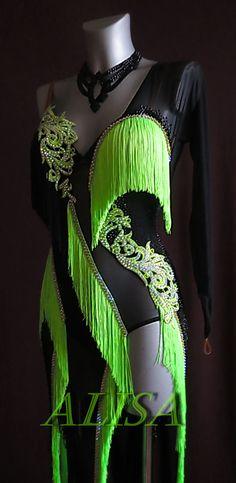 Latin Dance Dresses, Ballroom Dance Dresses, Stage Outfits, Dance Outfits, Mardi Gras Outfits, Mardi Gras Costumes, Tanz Shirts, Salsa Dress, Gymnastics Outfits