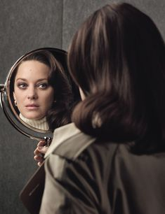 e0e63d2879cf Marion Cotillard Thinks Jennifer Lawrence Is a