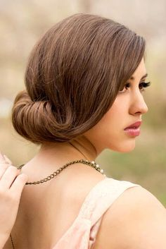 This hairstyle is gorgeous AND glam! Our favourite combination!  What outfit would you do this hairstyle for?