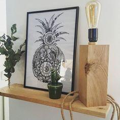 DIY du WE terminé ! Chéri aux raccords électriques et So à la deco 😂 et voici notre lampe vintage achevée ! DIY @leroymerlin !! #diy #lampevintage #diyleroymerlin #instahome #homedecor #madecoamoi #decoaddict #instadeco #instadecoration #decoration #salon #leroymerlin #madecolifestyle #ecalyptus #action #actionshop #actionmagasin #etagere #chene #chenemassif #lafoirefouille #industrial #indus #indus #interiordesign #interieur #interior