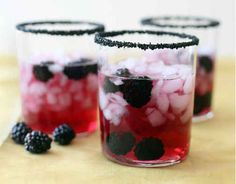 Black Cocktail Rimming Sugar | 24 Beautiful And Stylish Ways To Decorate For Halloween