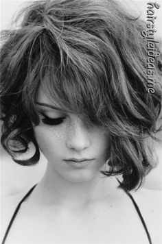 I love this. Concave bob with a line