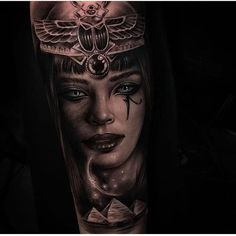 Image may contain: 1 person Egyptian Queen Tattoos, Egyptian Goddess Tattoo, Egyptian Tattoo Sleeve, Wolf Tattoo Sleeve, Leg Tattoo Men, Sleeve Tattoos For Women, Egypt Tattoo Design, Cleopatra Tattoo, Anubis Tattoo