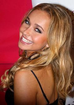hayden-panettiere-hot-sexy-pics-hair-style-blonde-heroes-nbc-claire-chica-inc.jpg 387×550 pixels