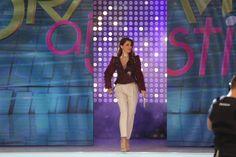 Capri Pants, Womens Fashion, Outfits, Capri Trousers, Suits, Women's Fashion, Woman Fashion, Kleding, Outfit