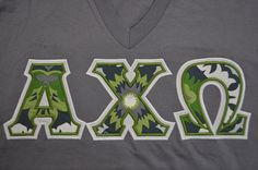 Alpha Chi Omega Stitched Lettered Short Sleeve V-Neck T-Shirt Size 2XL
