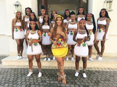 South African Fitness trainer Sbahle Mpisane, went topless at her traditional wedding in a colourful Zulu outfit, to showcase her culture. Her girls were Zulu Traditional Attire, African Traditional Wedding Dress, African Fashion Traditional, Traditional Outfits, Beautiful African Women, African Beauty, Latest African Fashion Dresses, African Print Fashion, Zulu Wedding