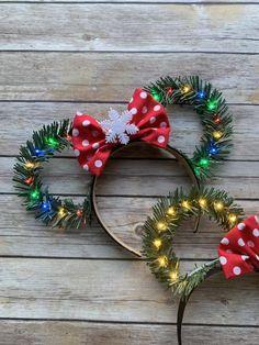 Ready To Ship!/ Christmas Disney Ears With Red with White Polkadots Bow / Wreath Ears/ Holiday Minnie Ears/ Light Up Disney Ears - La mejor imagen sobre healthy eating para tu gusto Estás buscando algo y no has podido alcanzar l - Disney Minnie Mouse Ears, Diy Disney Ears, Disney Diy, Disney Crafts, Disney Ears Headband, Disney Hair Bows, Disney Headbands, Very Merry Christmas Party, Disney Christmas