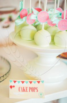 #cakepops #cake #love #candybar #wedding #weddingthemes #inlove #BunBun #senneville