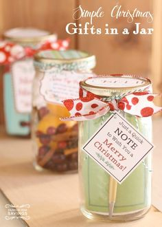 Christmas Gifts in a Jar! Simple, Quick and Easy Christmas Gifts in Mason Jars!