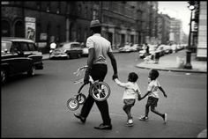 1956 Harlem (Leonard Freed)