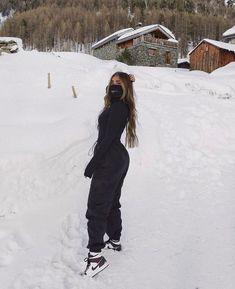 Ski Fashion, Winter Fashion Outfits, Fall Winter Outfits, Ski Outfits, Street Fashion, Trendy Outfits, High Fashion, Moda Ski, Snow Outfits For Women