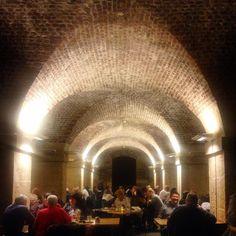 cafe in the crypt . London Cafe, Street View, Clouds, Paris, Instagram Posts, Travel, Montmartre Paris, Viajes, Paris France