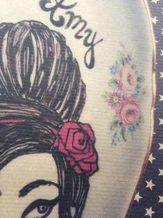 """illustration A5 """"Alive"""" modele Amy"""