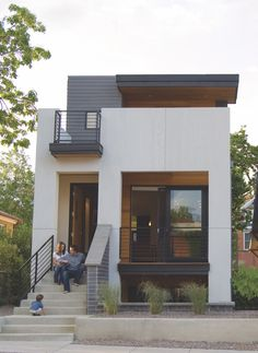 Denver - Tomecek Studio - Note flow of front porch, second story deck. 2311 West Avenue Denver , CO 80211 Design Exterior, Modern Exterior, Studios Architecture, Modern Architecture, Small Modern Home, Modular Homes, Prefab, Modern House Design, Bali