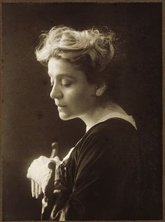 Elenora Duse, many people consider her the first more naturalistic actress as opposed to Sarah Bernhardt.Google Image Result for http://www.alinari.it/MOSTRE/mnaf/FVQ90572.jpg