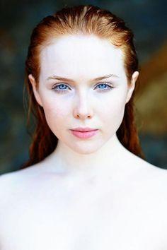 Molly Quinn Photo (by Eric Blackmon), October 2014