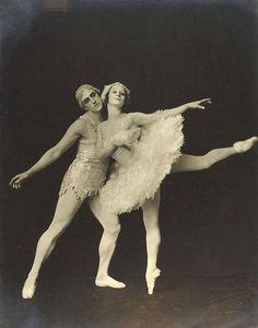 Anna Pavlova, Russian Ballet, Ballet Fashion, Renaissance Dresses, Vampire Academy, Fashion Design Sketches, Ballet Costumes, Keira Knightley, Period Dramas