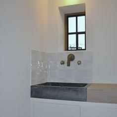 Laundry Room Storage, Laundry Room Design, Decor Interior Design, Interior Decorating, Classical Kitchen, House Inside, Bathroom Wall Decor, White Rooms, Interior Architecture