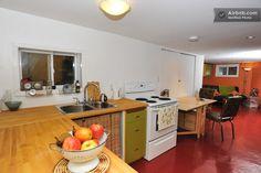 Kensington Market studio apartment in Toronto from $76 per night