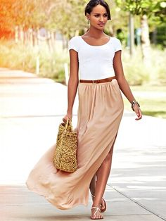 #SMPliving.  I love this put-together look in muted colors and light fabrics for spring.