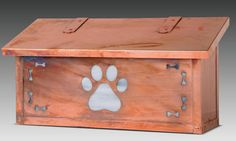 Show off how much you love your dog by adding the Americas Finest Lighting Dog Paw Horizontal Mailbox to your home. Featuring a paw print front and.
