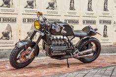 BMW K100 By Lolana Motos