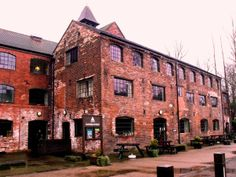 The Coalport Works were founded by John Rose (1772-1841), a local farmer's son, in 1796 and began trading as John Rose and Edward Blakeway & Co. By 1800, Coalport was Britain's largest china manufactory. China continued to be manufactured at Coalport until the Works closed in 1926 and the company moved to The Potteries, Stoke-on-Trent.